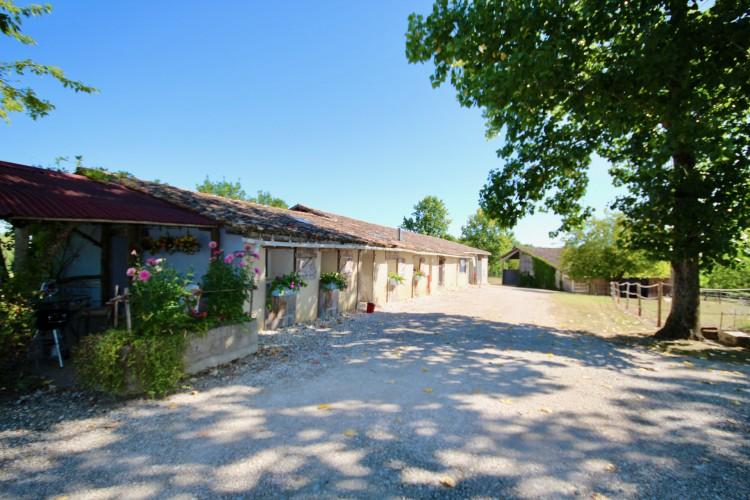Property for Sale in Fabulous domaine, comprising of 3 separate stone dwellings + outbuildings, set in 20 hectares of private land, Lot-et-Garonne, Near Montignac-de-Lauzun, Lot-et-Garonne, Nouvelle-Aquitaine, France
