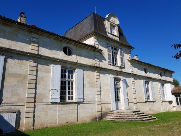Property for Sale in Bordeaux, Bordeaux, Nouvelle-Aquitaine, France