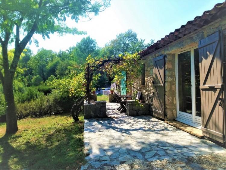 Property for Sale in House in Saint-Paul-en-Forêt, Var, Provence-Alpes-Côte d'Azur, France