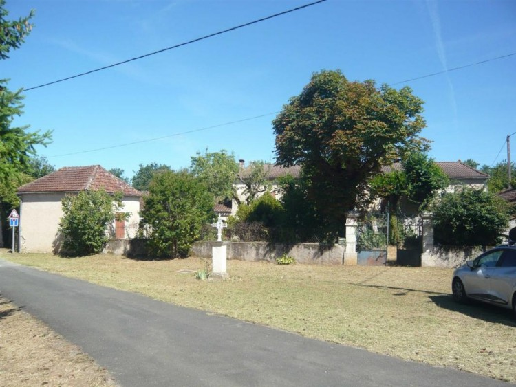 Property for Sale in House, Lot, Vire Sur Lot, Occitanie, France