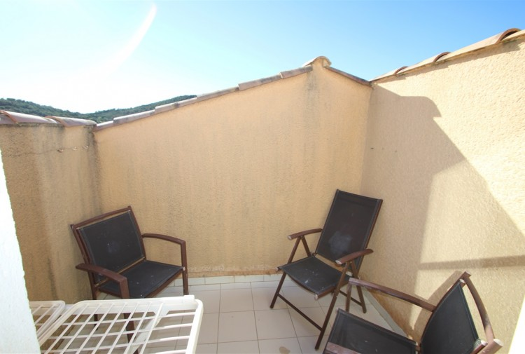 Property for Sale in 2 BEDROOM APARTMENT WITH SEA, Var, Agay, Provence-Alpes-Côte d'Azur, France