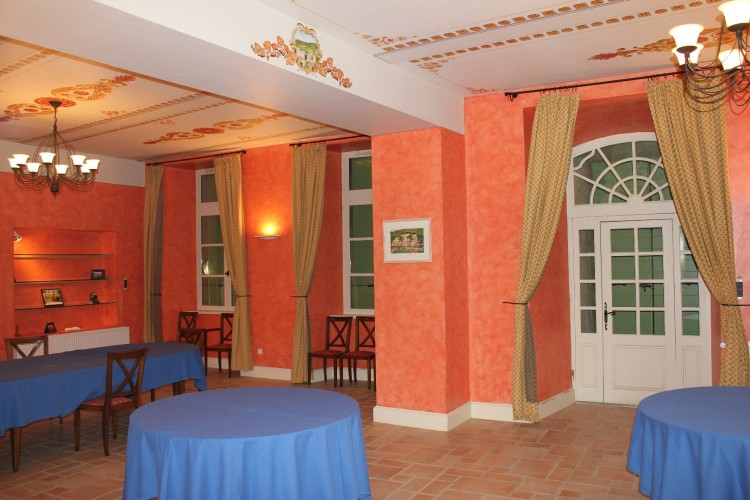 Property for Sale in Magnificient caste with a parc, Aude, Boutenac, Occitanie, France