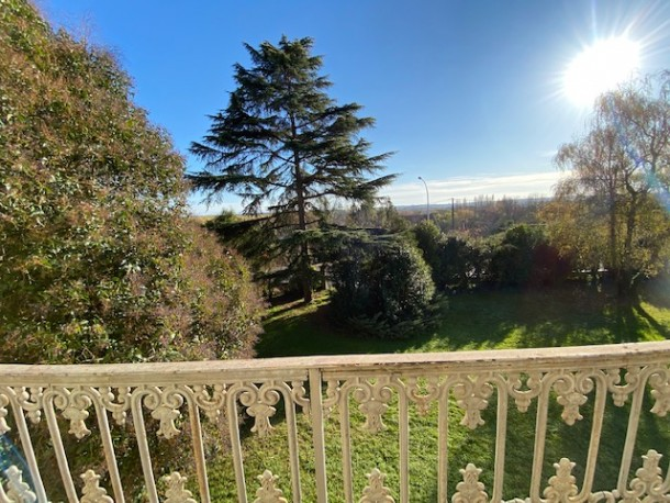 Property for Sale in Gironde, Nouvelle-Aquitaine, France