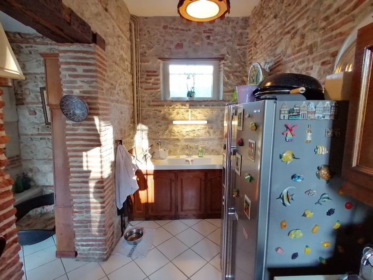 Property for Sale in Country feeling in the heart of the city, Lot-et-Garonne, Near Agen, Lot-et-Garonne, Nouvelle-Aquitaine, France