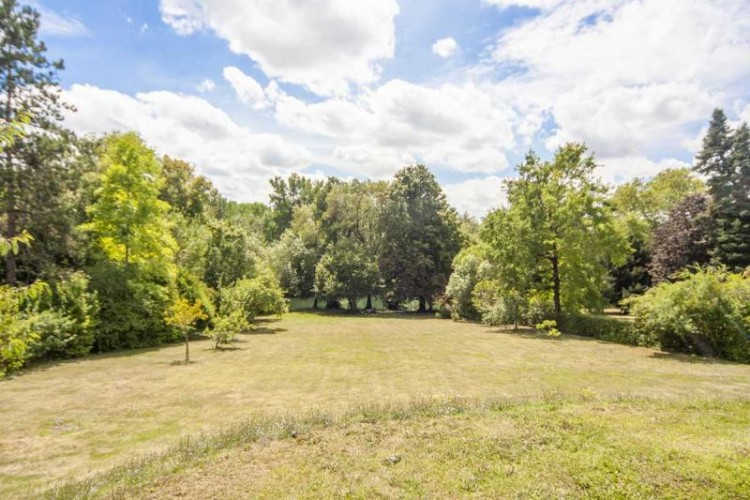 Property for Sale in Spacious contemporary home with swimming pool and river access, Charente, Nouvelle-Aquitaine, France