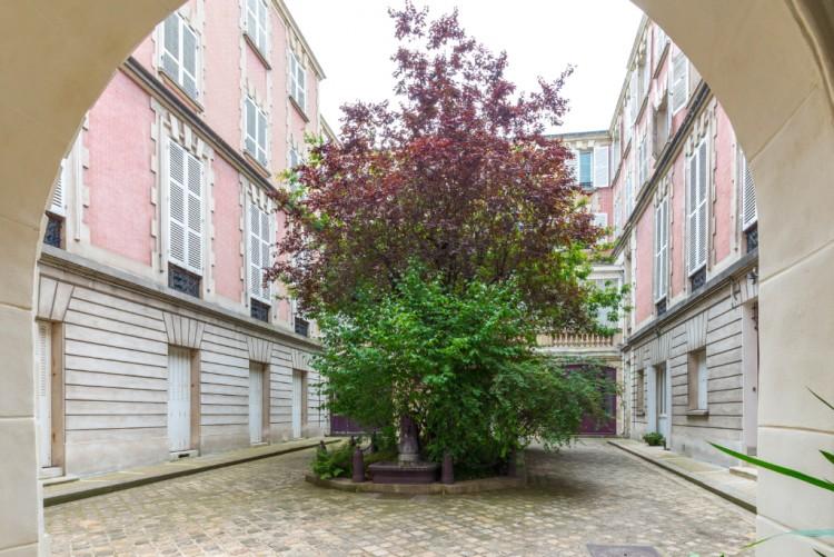 Property for Sale in Marais Place Des Vosges Courtyard View, Paris, Le Marais, Île-de-France, France