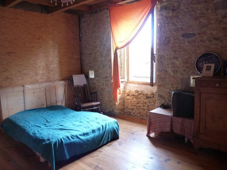 Property for Sale in Village house in Saint-Élix-Séglan, Occitanie, France