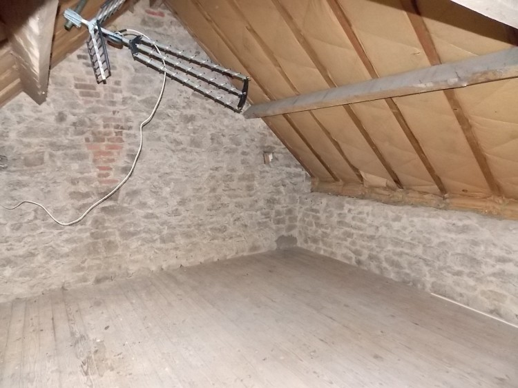 Property for Sale in Three bedroom village house, Vienne, Near Civray, Vienne, Nouvelle-Aquitaine, France