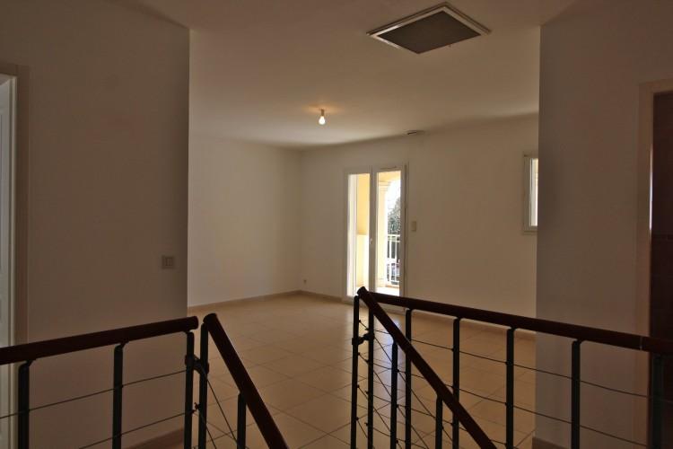 Property for Sale in *Very spacious house with swim, Hérault, Autignac, Occitanie, France