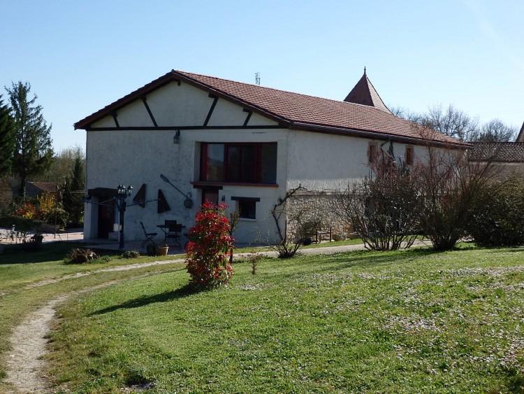 Property for Sale in Périgourdian main house with 2 Gites & swimming pool, Lot-et-Garonne, Near Villeneuve-de-Duras, Lot-et-Garonne, Nouvelle-Aquitaine, France