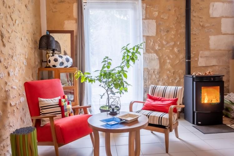 Property for Sale in Property CAMPSEGRET 10 rooms, Dordogne, Belle maison en pierre dans un village, Nouvelle-Aquitaine, France