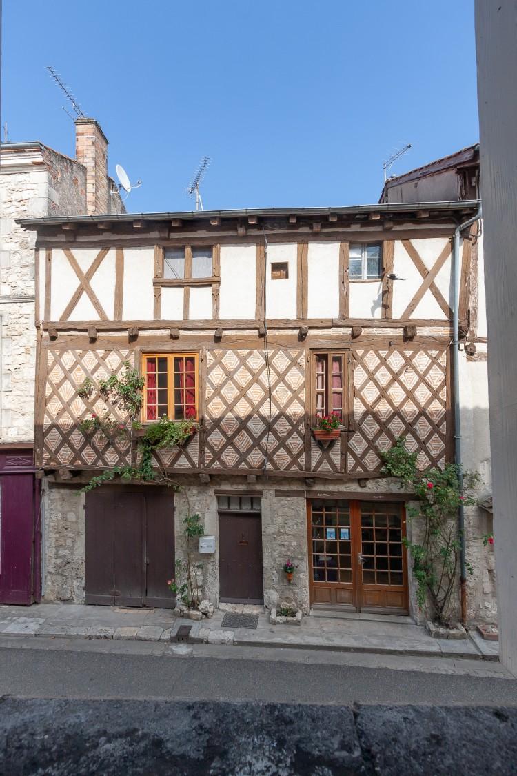 Property for Sale in Property BEAUVILLE 4 rooms, Lot-et-Garonne, Maison Colombage de village, Nouvelle-Aquitaine, France