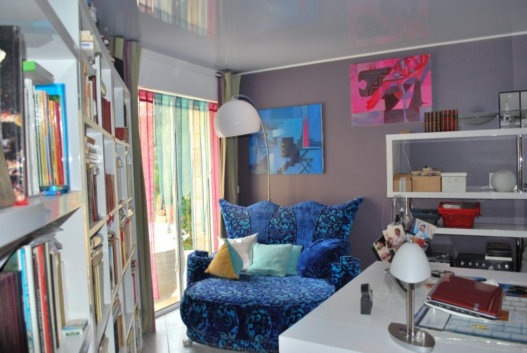 Property for Sale in All the colour & light of the Côte d'Azur in the heart of historic Souillac!, Lot, Near Souillac, Lot, Occitanie, France