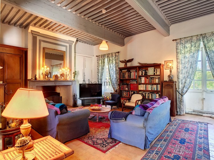 Property for Sale in Isolated manor 45 min from Toulouse, Ariège, Pamiers, Occitanie, France