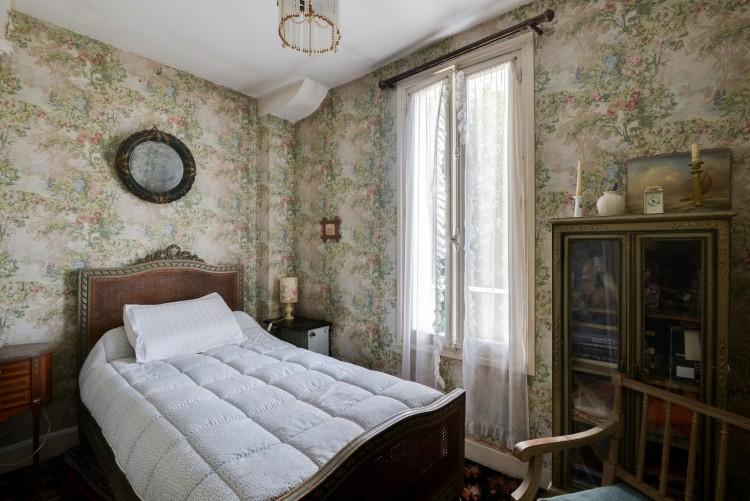 Property for Sale in Splendid property near Versailles, Yvelines, Jouy-En-Josas - Les Metz, Île-de-France, France