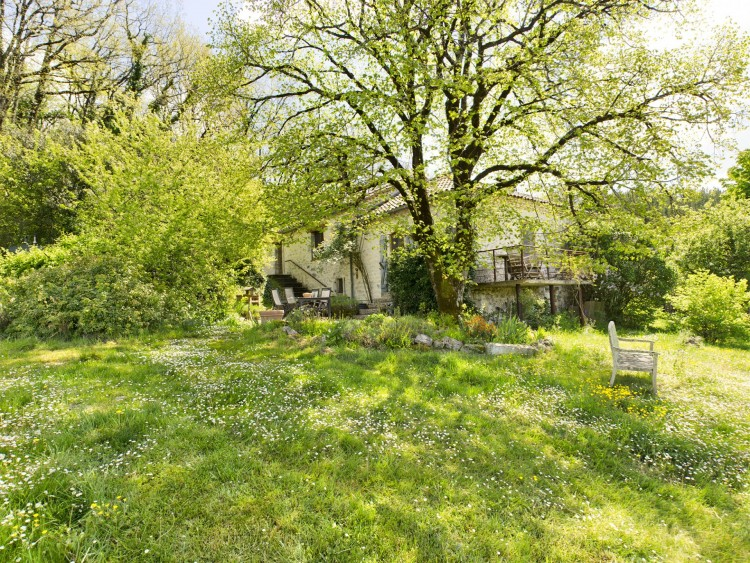Property for Sale in In exclusivity, beautiful property ideally located., Tarn-et-Garonne, Near Belvèze, Tarn-et-Garonne, Occitanie, France