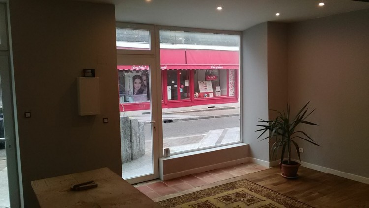 Property for Sale in A retail outlet with shop front and above accommodation in the heart of a French bastide town., Miramont, Nouvelle-Aquitaine, France