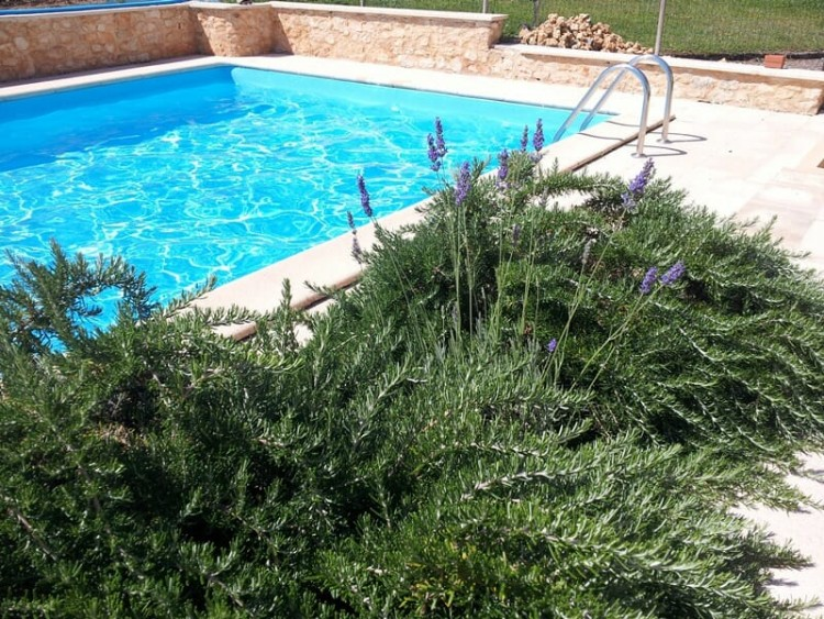 Property for Sale in A Pretty and Well Presented Perigourdine Property For Sale Close to the Popular Towns of Bergerac with its Airport & issigeac with its Famous Market, Dordogne, Lanquais, Nouvelle-Aquitaine, France