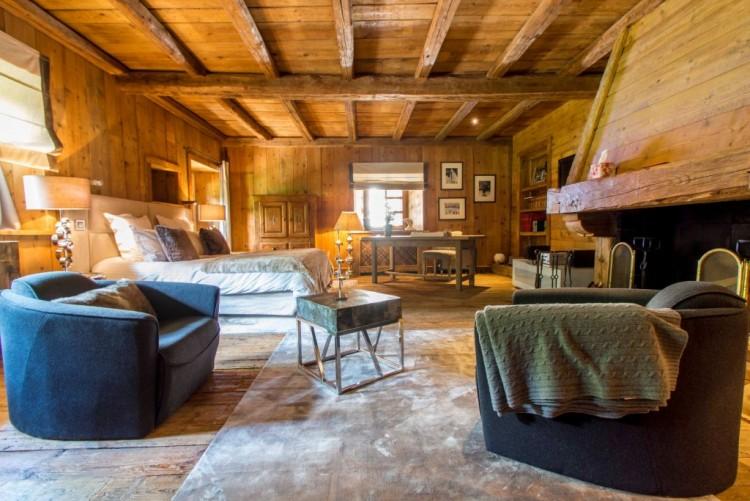 Property for Sale in Chalet in Praz-sur-Arly, Auvergne-Rhône-Alpes, France