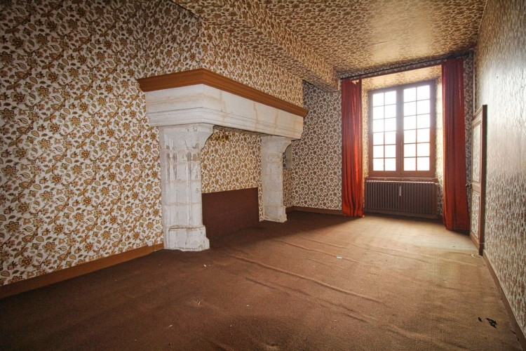 Property for Sale in Wonderful opportunity to purchase a historic property in a riverside town, Charente, Near Confolens, Charente, Nouvelle-Aquitaine, France
