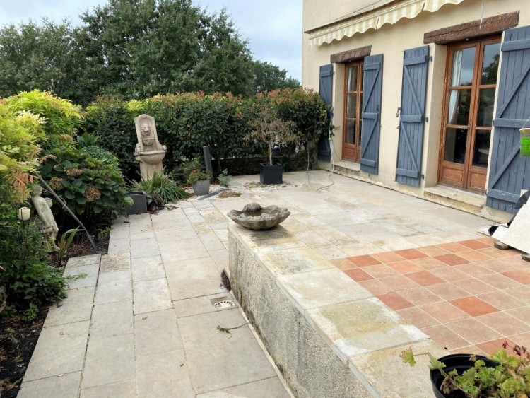 Property for Sale in Stunning stone built country house with fully refurbished spacious rooms, glorious views, and land suitable for horses, Lot, Occitanie, France