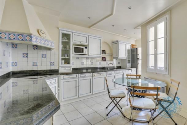 Property for Sale in Île-de-France, France