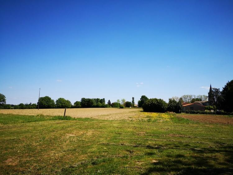 Property for Sale in Renovation project in a dream location, Lot-et-Garonne, Near Lauzun, Lot-et-Garonne, Nouvelle-Aquitaine, France