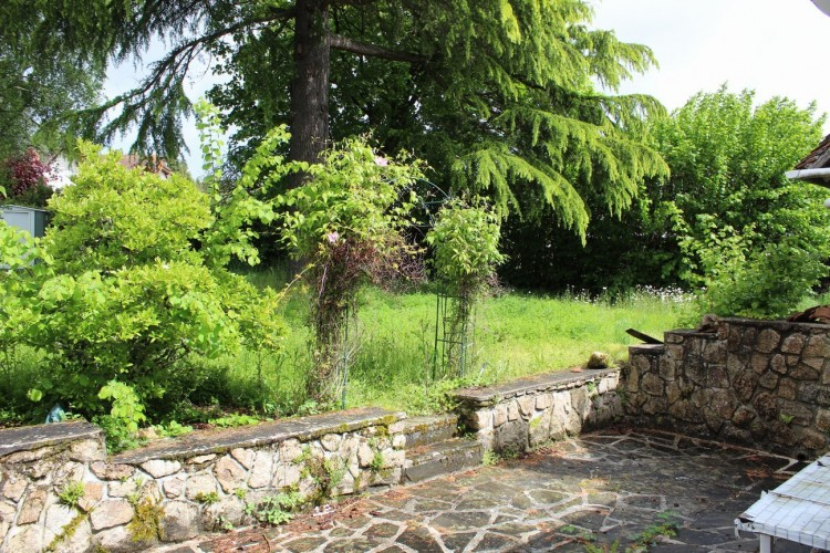 Property for Sale in Edge of a village with private garden, Creuse, Near Azerables, Creuse, Nouvelle-Aquitaine, France
