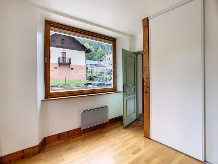 Property for Sale in Apartment in Flumet, Savoie, Auvergne-Rhône-Alpes, France