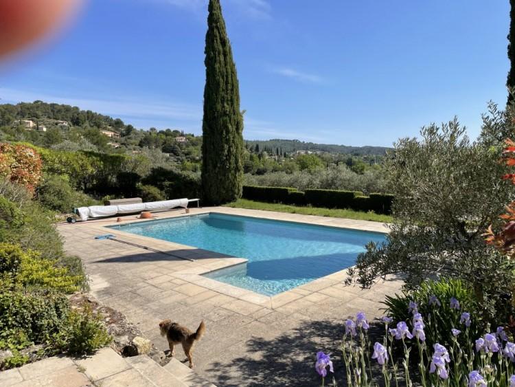 Property for Sale in Bastide in Cotignac, Var, Provence-Alpes-Côte d'Azur, France