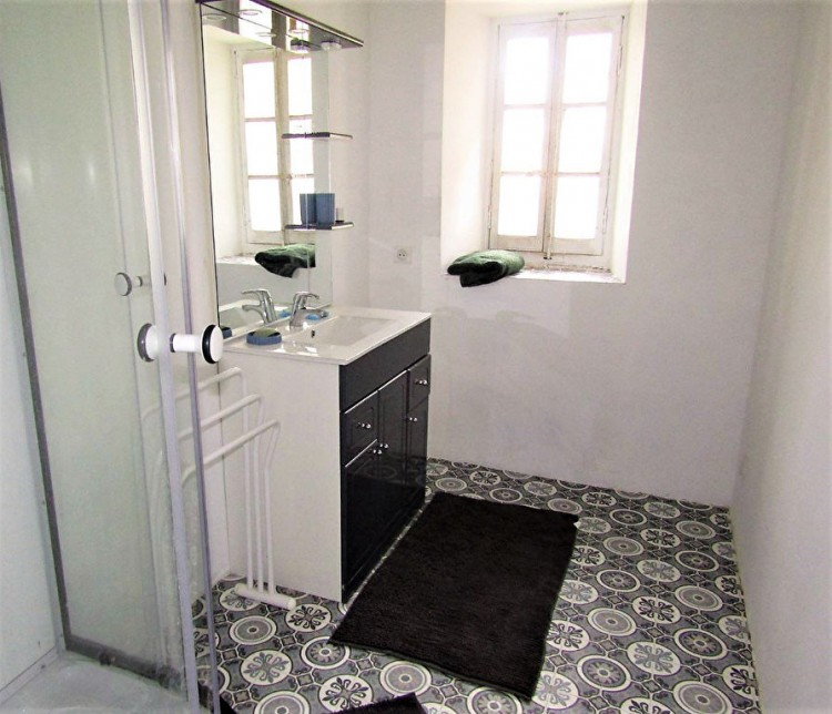 Property for Sale in House in JARNAC 425 m², Charente, JARNAC, Nouvelle-Aquitaine, France