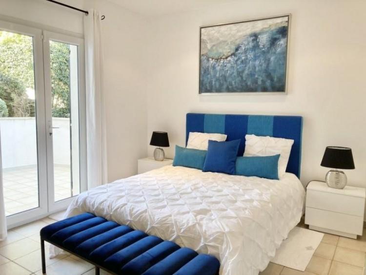 Property for Sale in Property in Sainte-Maxime, Var, Provence-Alpes-Côte d'Azur, France