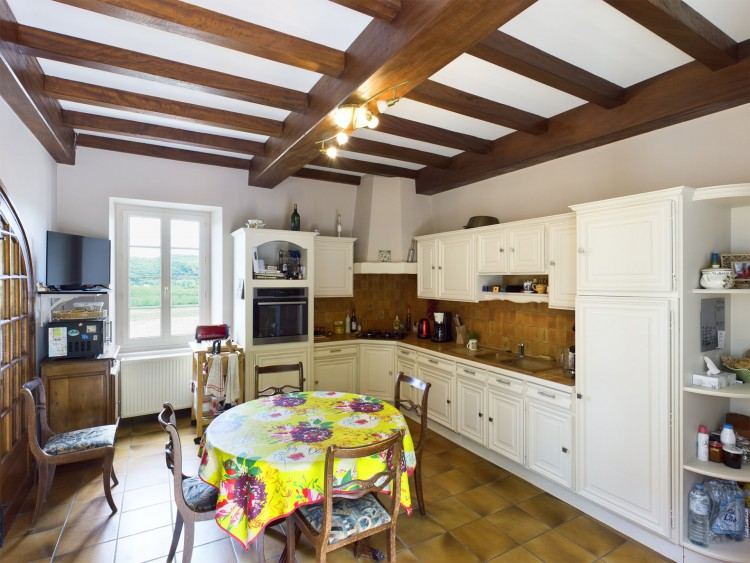 Property for Sale in Chambres d'hôte in Lot Valley, Lot, Near Albas, Lot, Occitanie, France