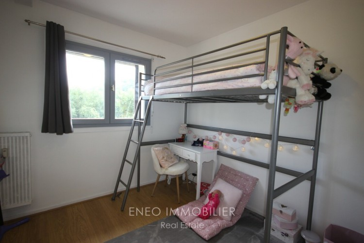 Property for Sale in Superb 5 room apartment, Savoie, Bourg-Saint-Maurice, Auvergne-Rhône-Alpes, France