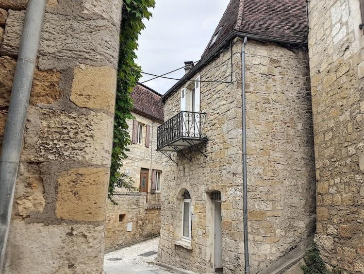 Property for Sale in House Saint-Cyprien Ref :9608-Stc, Dordogne, Saint-cyprien, Nouvelle-Aquitaine, France