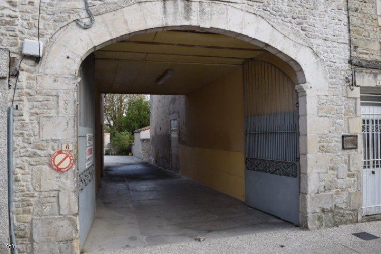 Property for Sale in Town House with Courtyard and Barn in Villefagnan, Charente, Villefagnan, Nouvelle-Aquitaine, France
