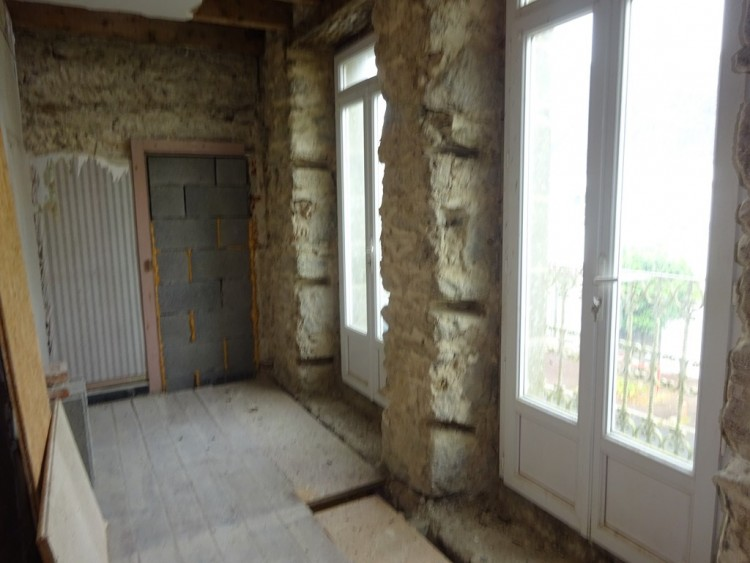 Property for Sale in Rostrenen area - 3-bedroom town house on 324 m² of land, Côtes-d'Armor, Brittany, France