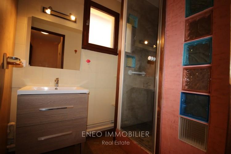 Property for Sale in Nice 3-room apartment with garage, Savoie, Séez, Auvergne-Rhône-Alpes, France