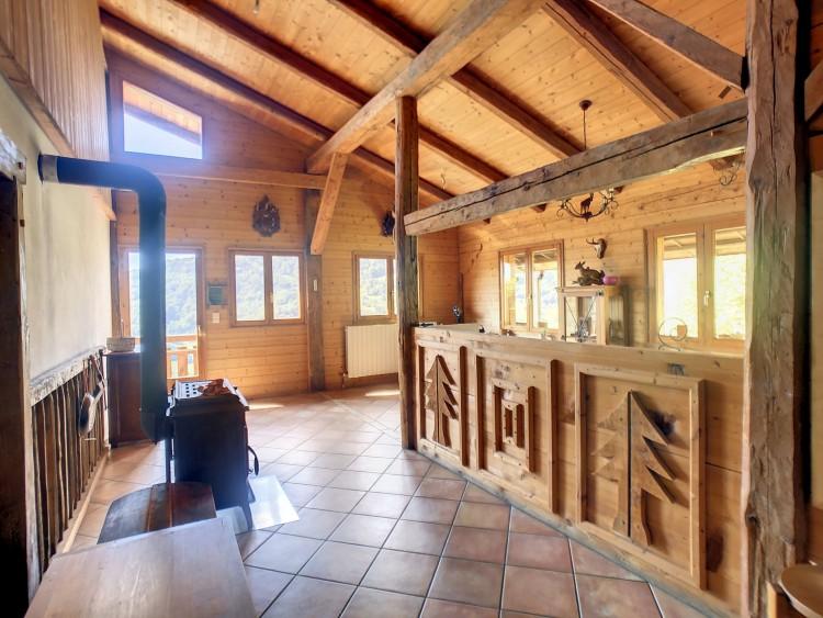 Property for Sale in Chalet in Cohennoz, Savoie, Auvergne-Rhône-Alpes, France