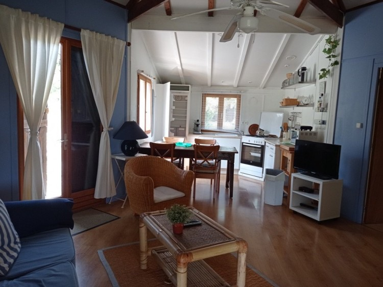 Property for Sale in Good income plus possibilty to increase revenue, Lot, Near Cahors, Lot, Occitanie, France