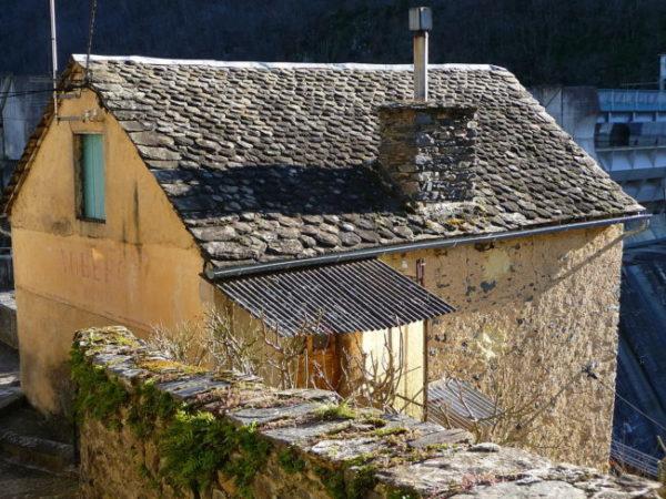 Lauze roof