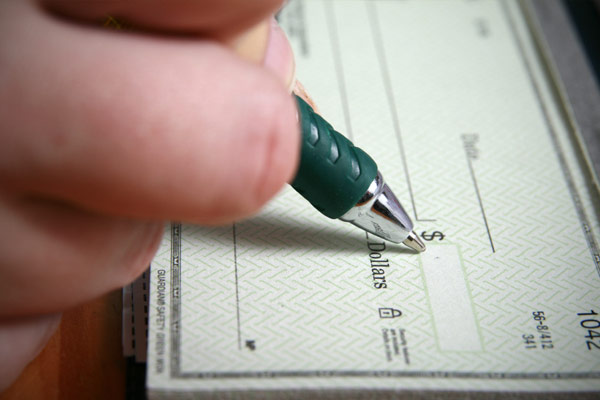 How To Write a French Cheque