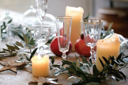 table setting paty article