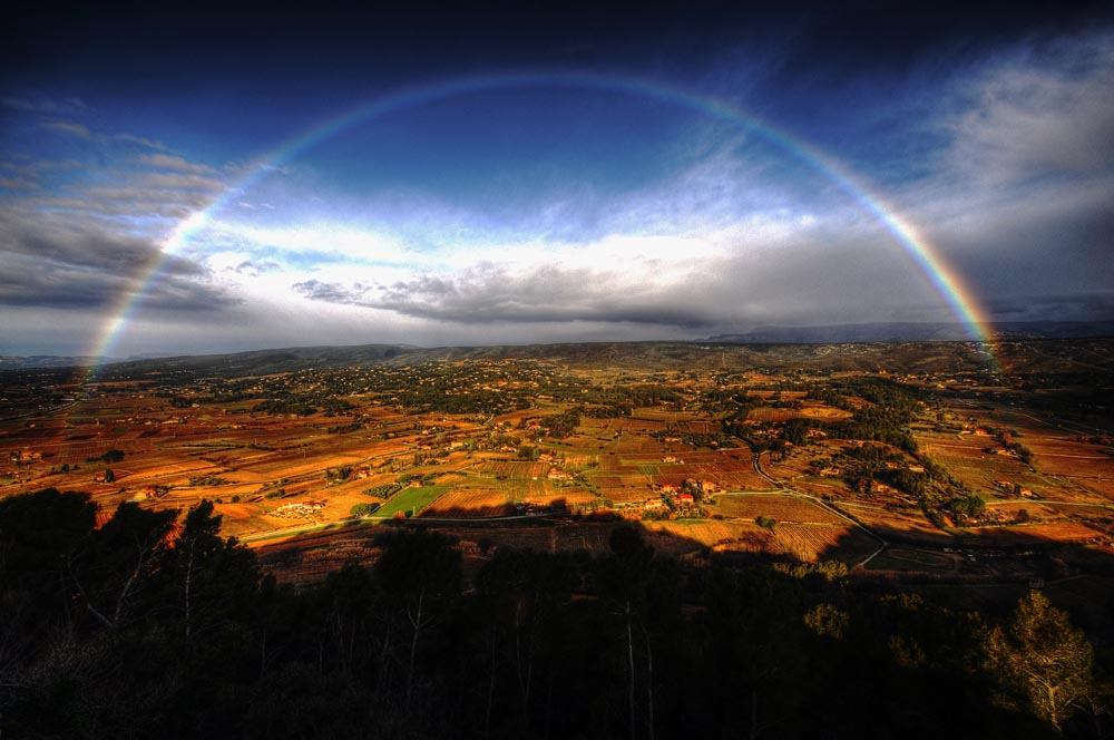 Rainbow over Le Castelet in Provence - CC by marcovdz via flickr