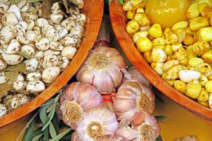 Garlic market