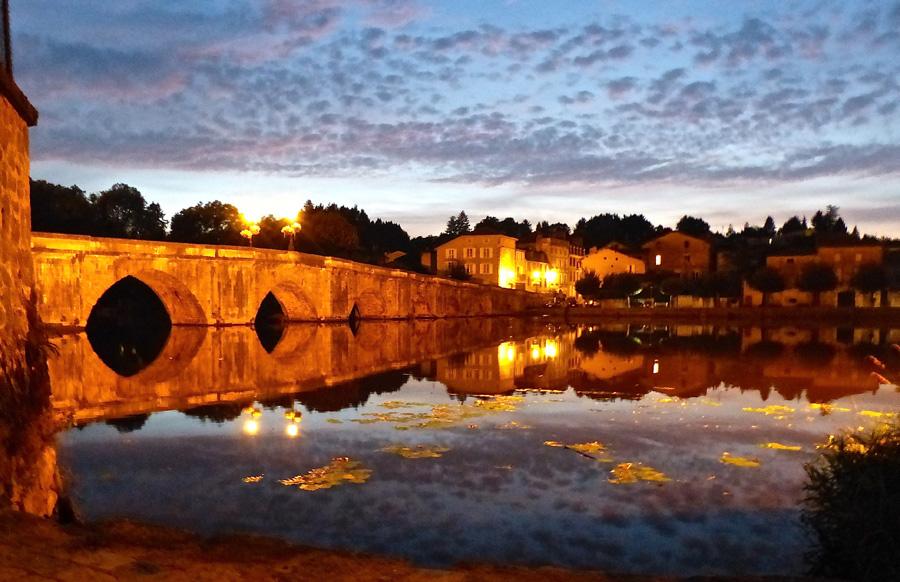 Laura Payne, Confolens bridge at night