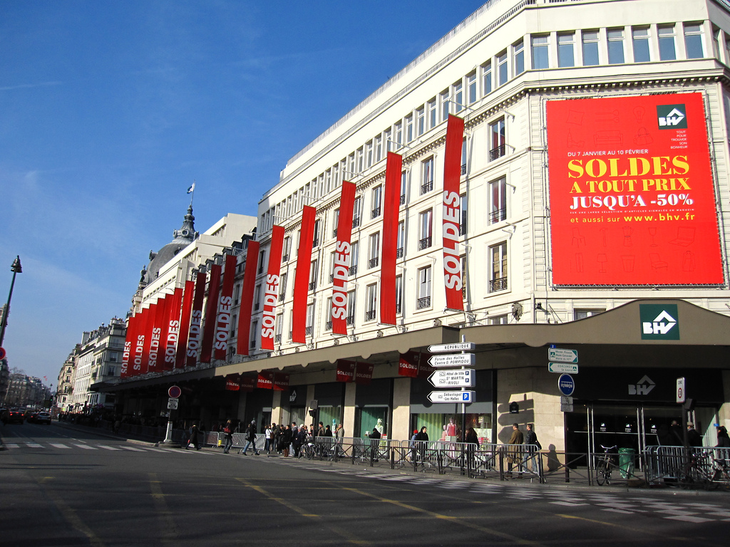 Soldes advertisement in France
