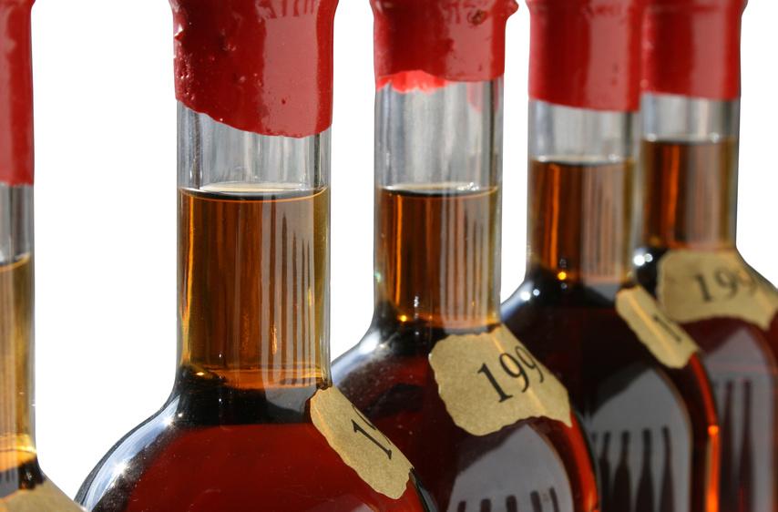 Armagnac bottles Fotolia