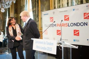 The mayors of the two capitals, Boris Johnson and Anne Hidalgo shaking hands