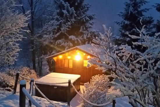 hot tub chalet alps
